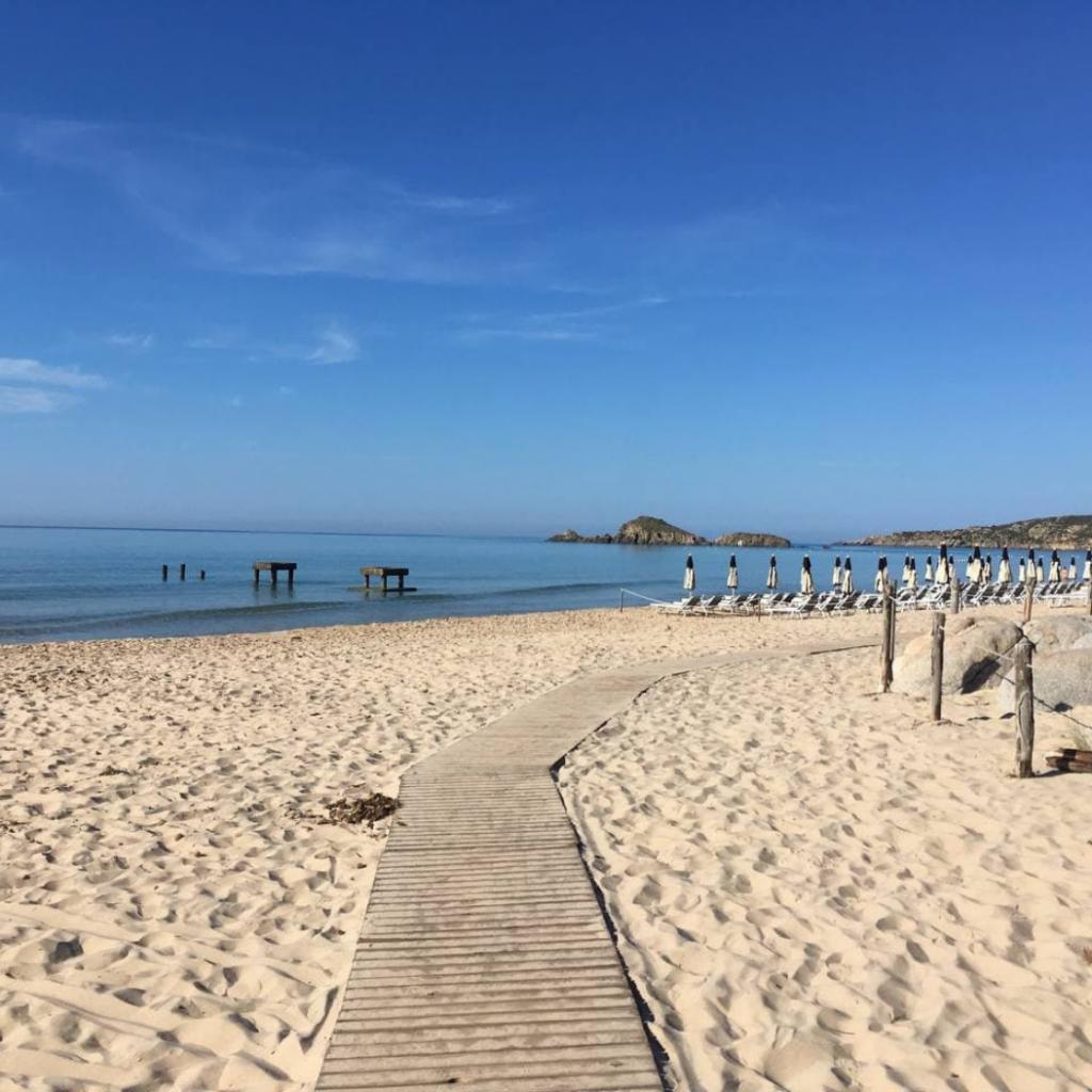 spiaggia-porto-campana-ali-del-mare-chia-2